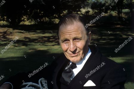 Alfred Burke in 'No Excuses' - 1982