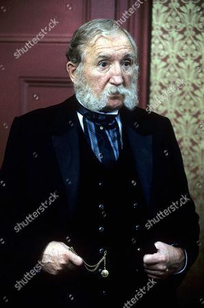 Ronald Fraser in 'The Blackheath Poisonings' - 1982