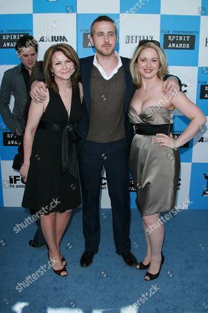 Stock Photo of Donna Gosling, Ryan Gosling and Mandi Gosling