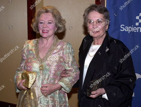 SIMMONS JOHNS British actresses Glynis Johns, left, and Jean Simmons arrive for the 10th Annual BAFTA LA Britannia Awards, Saturday night, in Los Angeles. Steven Spielberg received the first ever Stanley Kubrick Britannia Award from the British Academy of Film and Television Arts, Los Angeles