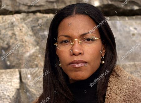 SHABAZZ Ilyasah Shabazz, daughter of Malcolm X, poses for a photographer at the Kensico Dam in White Plains, N.Y., . Shabazz, said Tuesday that the family intends to provide Columbia with her father's diary, letters and other personal effects