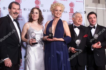 "LANE Winners of the 55th annual Tony awards, from left, Best Leading Actor in a Pay Richard Easton of ""The Invention of Love,"" Best Leading Actress in a Play Mary-Louise Parker of ""Proof,"" Best Leading Actress in a Musical Christine Ebersole of ""42nd Street,"" Mel Brooks, creator of ""The Producers,"" and Best Leading Actor in a Musical Nathan Lane of ""The Producers"" pose after the ceremony in New York"