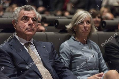 Mauro Moretti,  Stefania Giannini