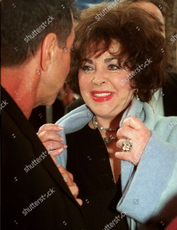 TAYLOR GALLIN Actress Elizabeth Taylor chats with longtime friend Sandy Gallin following a ceremony honoring award-winning songwriter Carole Bayer Sager with a star on the Hollywood Walk of Fame in Los Angeles on