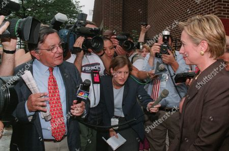 PRESSMAN CLINTON First lady Hillary Rodham Clinton, right, fields questions from WNBC television reporter Gabe Pressman, left, concerning her position on the FALN clemency issue, in front of the Virgil I. Grissom Junior High School 226, in the Queens borough of New York