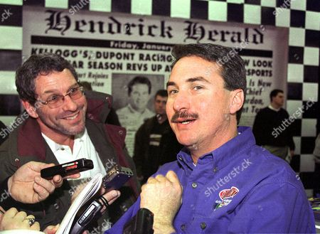 LOOMIS NASCAR Winston Cup crew chief Robbie Loomis, right, shares a laugh as he answers a question during a news conference at the Hendrick race shop in Harrisburg, N.C., . Loomis is taking over crew chief duties this season for driver Jeff Gordon, a two-time Winston Cup Champion