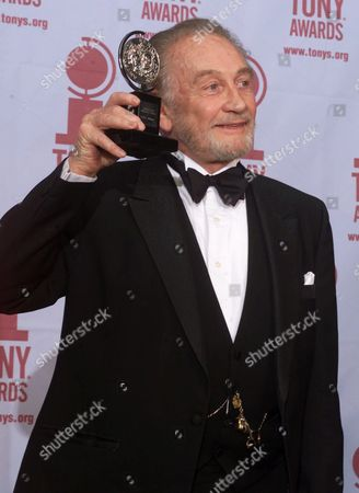 """Stock Picture of DOTRICE Roy Dotrice poses with his Tony award for Best Featured Actor in a Play for his work in """"A Moon For The Misbegotten,"""" at the 54th annual Tony Awards ceremonies, in New York"""