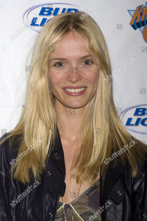 Editorial photo of Knicks Bowl Benefit for Garden of Dreams Annual Fund Raiser, Chelsea Piers Bowling Lanes, New York, America - 08 Mar 2007