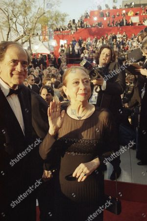 Fernanda Montenegro Best Actress nominee for ?Central Station? Fernanda Montenegro arrives at the 71st Academy Awards show at the Dorothy Chandler Pavillion in Los Angeles