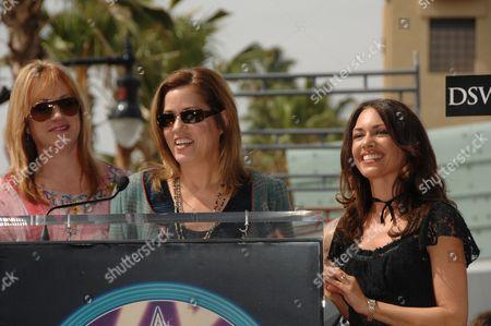 Victoria Peterson, Debbi Peterson and Suzanna Hoffs