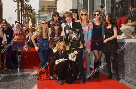 The Donnas - Donna C (Torry Castellano), Donna A (Brett Anderson), Donna R (Allison Robertson) and Donna F ( Maya Ford), with Rodney Bingenheimer, Pauley Perrette and The Bangles - Victoria Peterson, Debbi Peterson and Suzanna Hoffs