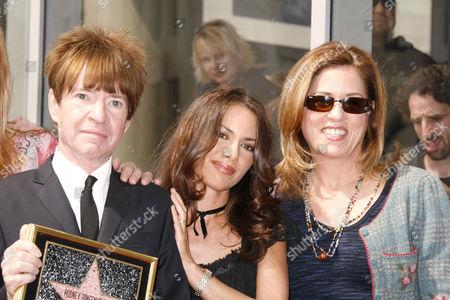 Rodney Bingenheimer, Suzanna Hoffs and Vicki Peterson.