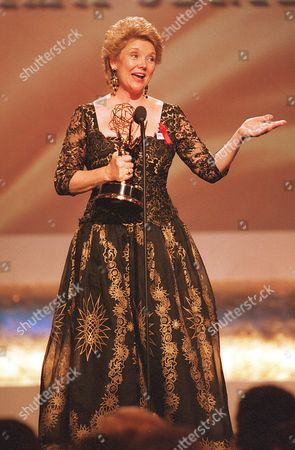 """Slezak Actress Erika Slezak holds her Emmy award as she makes her acceptance speech during the 22nd Annual Daytime Emmy Awards ceremony in New York, N.Y. on . Slezak won for Outstanding Lead Actress in a Drama Series for her portrayal of Victoria Lord Carpenter in ABC's """"One Life to Live"""