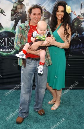 Kevin Eastman, Julie Strain and child