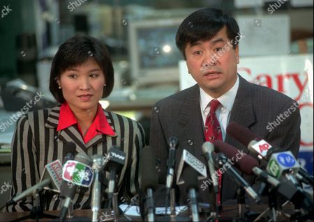 LOCKE Democratic Governor-elect Gary Locke talks with reporters at a news conference about his win over Republican challenger Ellen Craswell at his downtown Seattle headquarters, as his wife Mona Lee-Locke looks on. Locke, who won with nearly 60-percent of the vote over Craswell, is the nation's first Asian-American governor outside Hawaii
