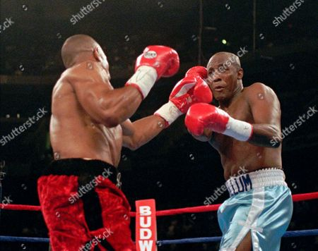 MCCALLUM JONES Roy Jones, left, lands a left to the head of Mike McCallum during their light heavyweight title fight in Tampa, Fla. . Jones won every round on the cards of all three judges and won the vacant WBC light heavyweight championship