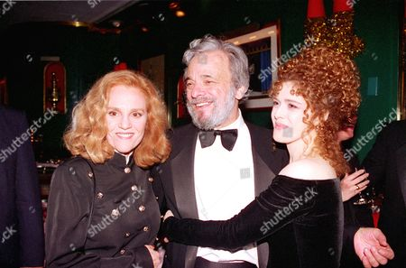 Sondheim Peters Kahn Composer-lyricist Stephen Sondheim poses with stage actresses Madeline Kahn, left, and Bernadette Peters, right, at a party in New York's Russian Tea Room, Saturday night