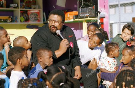 Rosey Grier Rosey Grier talks to children from the Jordan Downes housing project in Compton, Calif., during a news conference for Operation Stitches. Grier, a vocal supporter of the volunteer charity that offers aid to inner city kids, spoke during a plea to recover 17,500 pieces of donated clothing that were stolen from the organization offices last week