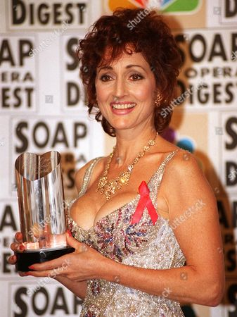 """STRASSER Robin Strasser holds her award for outstanding lead actress in """"One Life to Live"""" at the Twelfth Annual Soap Opera Digest Awards Wednesday night, in Beverly Hills, Calif"""