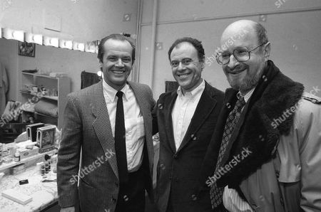 "Actor Jack Nicholson, left, visits backstage with Bob Dishy, center and Jules Feiffer following a performance of ""Grownups"" at the Lyceum theater in New York, January 28,1982"