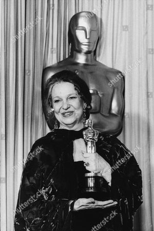 "Best Actress, Geraldine Page holds theOscar she received for best actress for her role in ""The Trip to Bountiful,"" at the Academy Awards in Los Angeles"