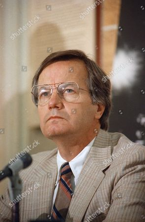 Bill Moyers appears at news conference with Jacqueline Onassis (not seen) to announce the formation of a coalition to support the Municipal Art Society's lawsuit to block the New York Coliseum project
