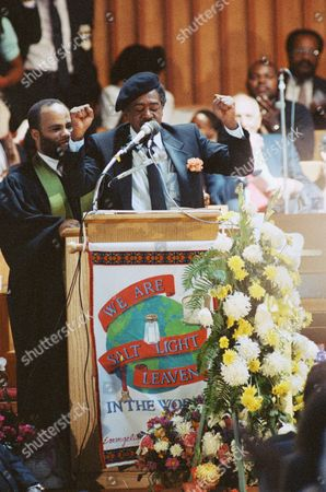 Bobby Seale Bobby Seale, co-founder of the Black Panthers, gives the clench fist salute as he eulogizes slain Black Panther co-founder Huey Newton during funeral, in Oakland, California. Newton was shot to death in Oakland