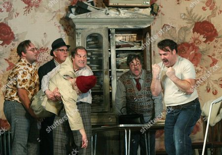Gianni Schicchi at the Royal Opera House, featuring Bryn Terfel (on right)