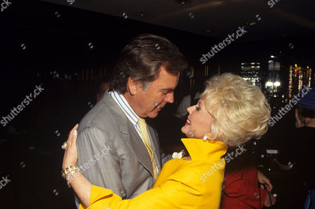 Eva Gabor with Robert Wagner in 'Hollywood Women' - 1994