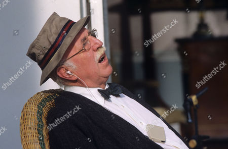 Lionel Jeffries in 'Morse' - 1990 - Episode: 'Sins of the Fathers'