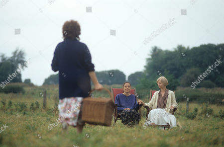 Stock Picture of 'Morse' - 1992 - Episode: 'Happy Families' - Charlotte Coleman and Anna Massey
