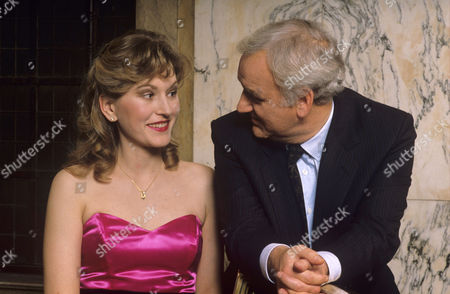 Amanda Hillwood and John Thaw in 'Morse' - 1989 - Episode: 'The Secret of Bay 5b'