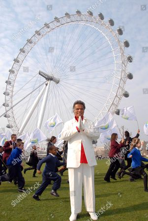 "Las Vegas Billionaire man of peace, Fred Nassiri, completes world's largest ever music video in London: 100 of London's children turned out to welcome and sing with US billionaire philanthropist Fred Nassiri: He was in London to film the penultimate leg of his music film shot on Waterloo Bridge, and against the backdrop of the Houses of Parliament and The London Eye, to be unveiled at the Cannes Film Festival. ""Love Sees No Colour"" has been filmed in 12 of the world's most beautiful and exotic locations including the Taj Mahal and the Vatican, with thousands of children from across the globe. Nassiri will be singing his song of peace against the dramatic London skyline with direction from Stephan Elliot, acclaimed Director of cult classic Priscilla Queen of the Desert."
