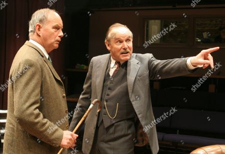 Geoffrey Beevers as Aquire Hillcrist (L) and Clive Francis as Mr Hornblower (R)