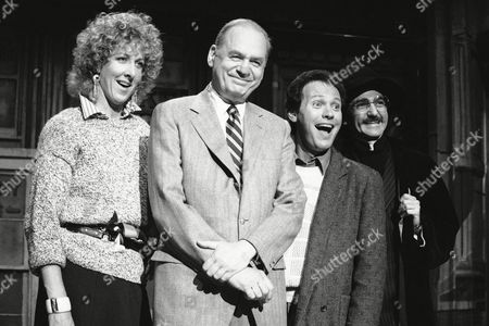"TV's ""Saturday Night Live"" rehearses for this week's segement, May 12, in New York Thursday. From left, Betty Thomas of NBC-TV's ""Hill Street Blues,"" Edwin Newman, former NBC News correspondent, Billy Crystal, comedian, and Don Novello, best known for his portrayal of ""Saturday night Live"" character Father Guido Sarducci shown in New York"