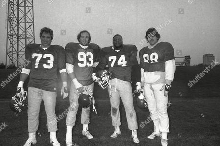 Joe Klecko, Marty Lyons, Abdul Salaam, Mark Gastineau The New York Jets ?Sack Exchange,? from left, defensive end Joe Klecko, defensive tackles Marty Lyons and Abdul Salaam, and defensive end Mark Gastineau, stand reunited during a team practice on at the Jets training facility at Hofstra University in Hempstead, L.I. The Jets face the Cincinnati Bengals in Cincinnati on Sunday