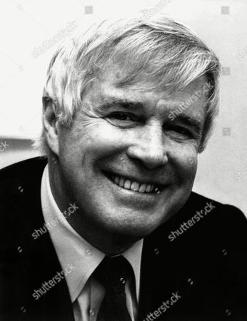 "George Peppard, 58, American actor who plays the cigar chopping commander of TV's ""The A Team."" May 1987 photo"
