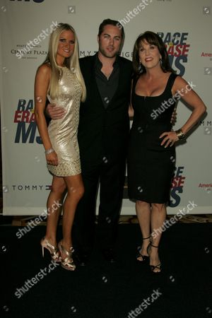 Erica Dahm, Jay McGraw and mother Robin McGraw