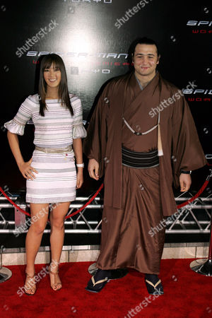 Michelle Wie and Sumo wrestler Kotooshu