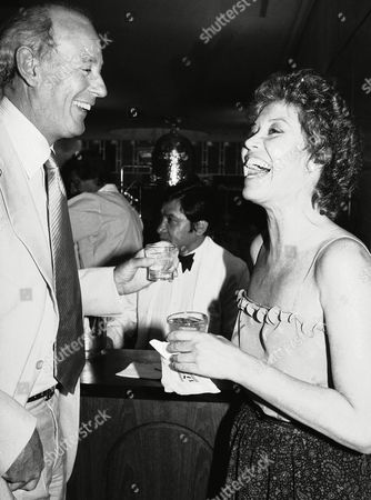 "Actress Mary Tyler Moore and frequent companion Gordon White attend a party at the Milford Plaza Grand Ballroom, in New York following the opening of the Broadway play ""Supporting Cast."" Hope Lange, Betty Garret, Sandy Dennis, Jack Gilford and Joyce Van Patten star in the new comedy"
