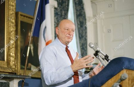 Stock Photo of Mayor Ed Koch reacts to the indictment of Bess Myerson his former Commissioner of Cultural Affairs, in New York, and long-time friend, on charges of trying to influence a judge in the divorce proceedings of her lover, Andy Capasso