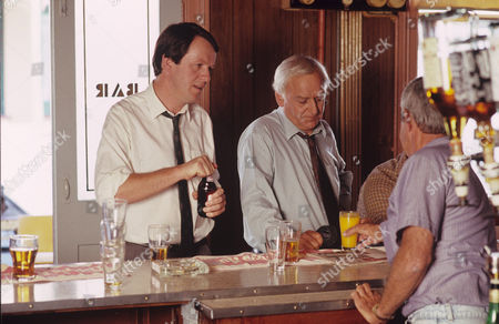Kevin Whately and John Thaw in 'Morse' - 1991 Episode: 'The Promised Land