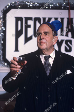 Robert Morley in 'Tales Of The Unexpected' - 1980 Episode: 'The Party'