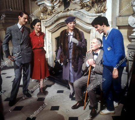 'Brideshead Revisited' - Jeremy Irons, Diana Quick, Stephane Audran  and Laurence Olivier - 1981