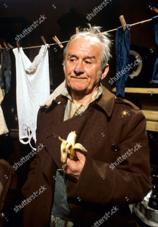 Cyril Cusack in 'Tales Of The Unexpected' - 1984 Episode: 'Accidental Death'