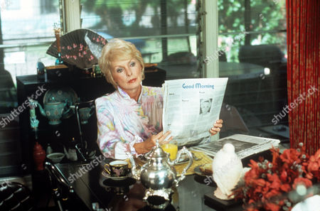 Janet Leigh in 'Tales Of The Unexpected' - 1982 Episode: 'Light Fingers'
