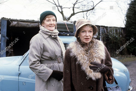 Rachel Kempson (left) and Joan Greenwood in 'Tales Of The Unexpected' - 1981 Episode: 'Bosom Friends'