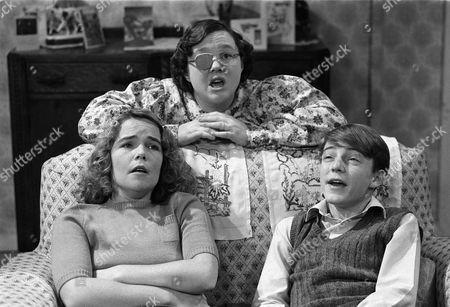'Shine on Harvey Moon' - Linda Robson, Pauline Quirke and Lee Whitlock  - 1982