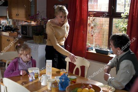 'The Fugitives' 2005 - Hannah Van Der Westhuysen, Maggie Norris, Alex Hanson,