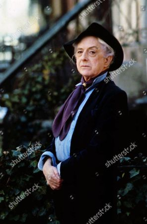 QUENTIN CRISP A 1989 photo of British actor and author QuentIn Crisp